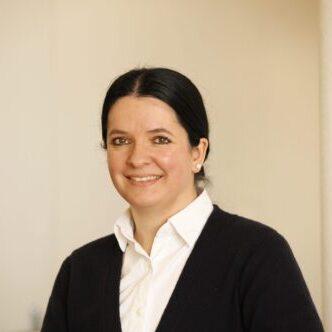 Dr. Alexandra Streubel