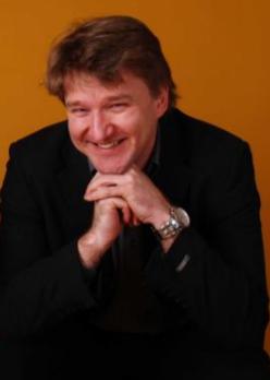Stefan Gros
