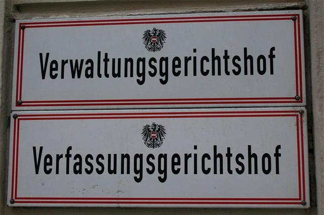 Verwaltungsgericht Wien erklärt Corona-Maßnahmen und Demo-Verbote für rechtswidrig, PCR -Test für Diagnostik ungeeignet